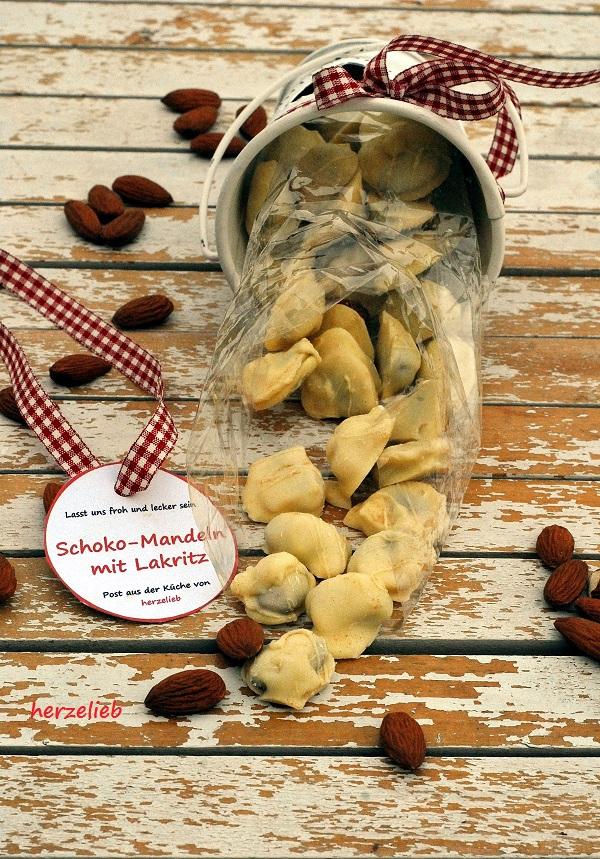 Ein Geschenk aus der Küche - Rezept von herzelieb für Schoko-Lakritz-Mandeln