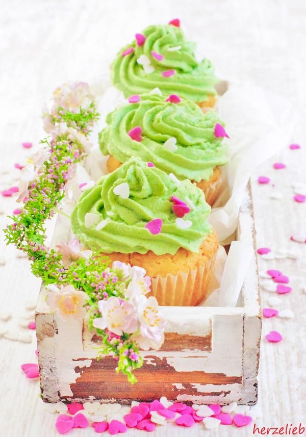 Gruene Cupcake Rezept herzelieb-1