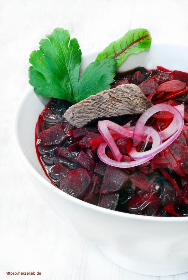 Borschtsch Rezept mit Rote Bete