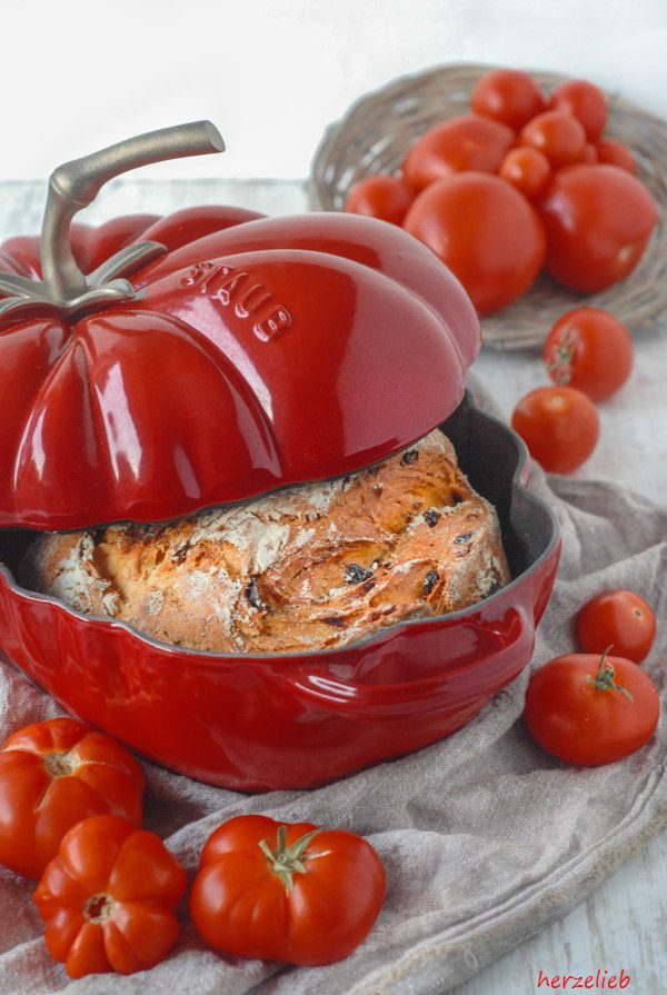 Tomatenbrot Topf Rezept brot herzelieb-2