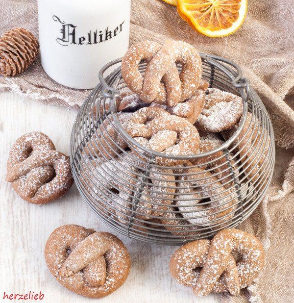Weihnachtsplätzchen Besondere.Gewürz Orangen Brezelchen Rezept Kekse Ganz Toll Im Advent Und
