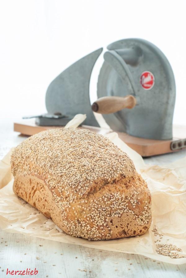Blumenkohl Brot Rezept backen herzelieb-1