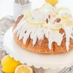 Ein saftiger Zitronenkuchen, der einfach perfekt ist!