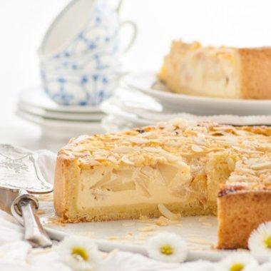 Apfel-Schmand-Kuchen darf auf keiner Kaffeetafel in Nordfriesland fehlen. Das Rezept ist sehr einfach
