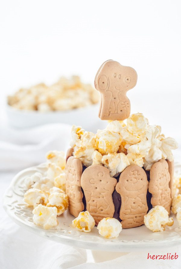 Kalter Hund Charlotte - Rezept mit Popcorn