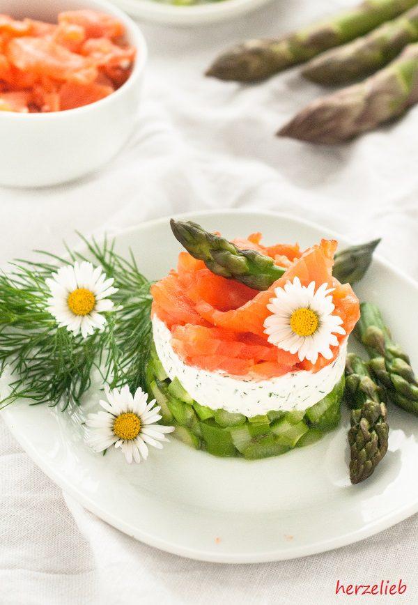 spargel salat mit forelle und frischk se. Black Bedroom Furniture Sets. Home Design Ideas