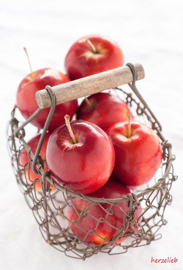 Äpfel für die Milchreis-Törtchen