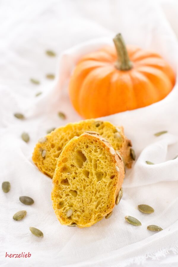 Kürbisbrot Baguette Rezept // Recipe for Pumpkin Bread - Baguette
