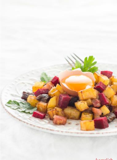 Pytt i Panna recipe | Pytt i Panna Rezept | Ein typisches Gericht aus Schweden | copyright by herzelieb