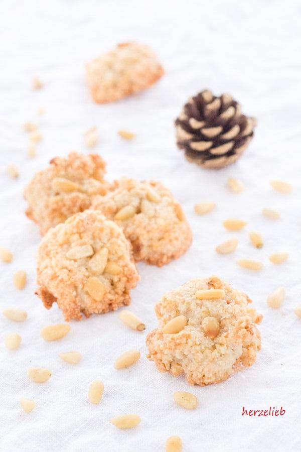 Pinienkekse oder Pinienküsse - Pine Nuts Cookies recipe