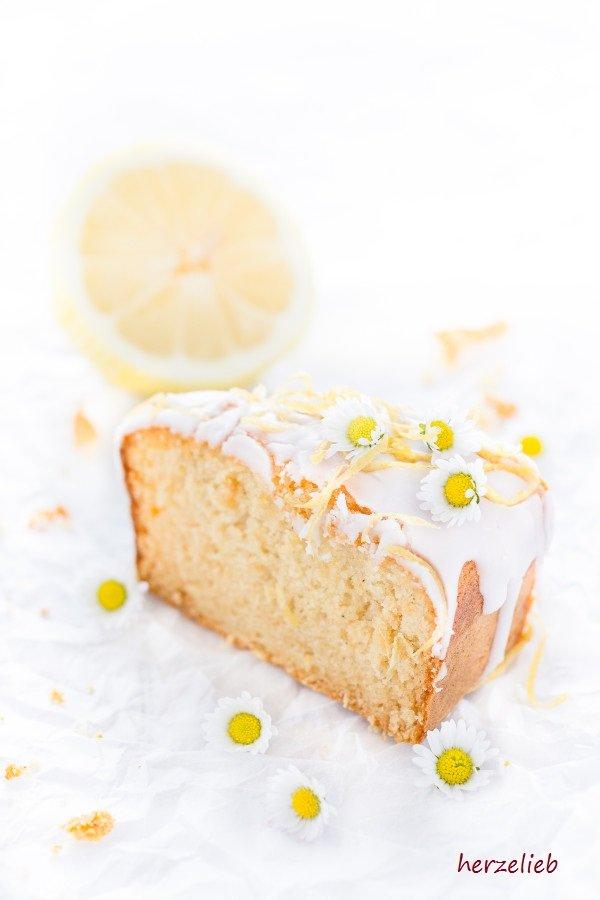Ein Klassiker aus Schweden als Kuchen. Rezept von herzelieb - Mazarin Zitrus Kuchen