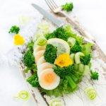 Smørrebrød mit Bimi und Ei - ein Rezept für ein vollständiges Mittagessen!