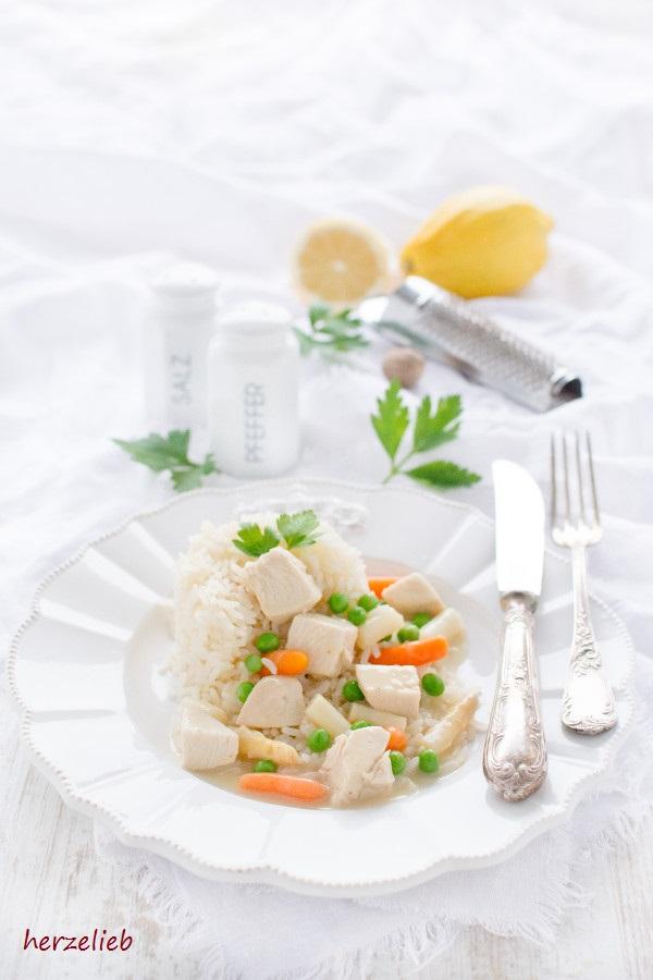 Einfach, klassisch und gut - Rezept für Hühnerfrikassee von herzelieb
