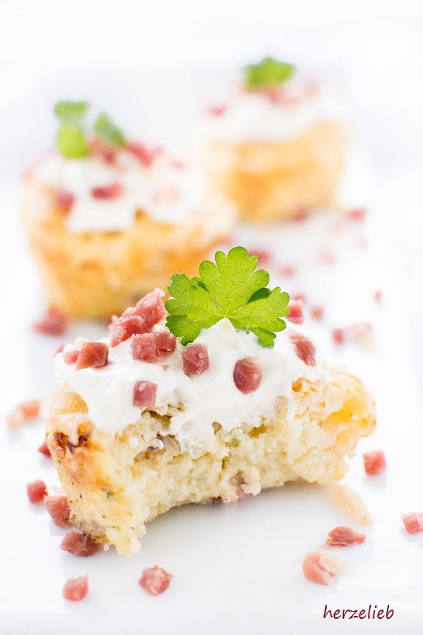 Fingerfood fürs Buffet oder zum Mitnehmen - Kartoffelmuffins von herzelieb
