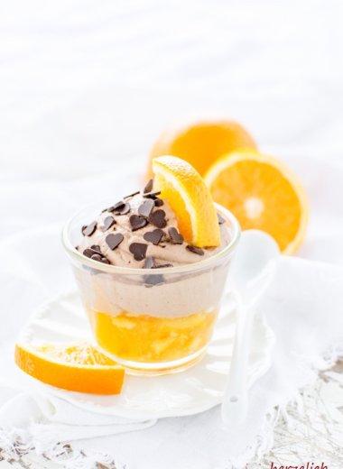 Schokoladen-Mousse mit Orangenkompott - Rezept von herzelieb