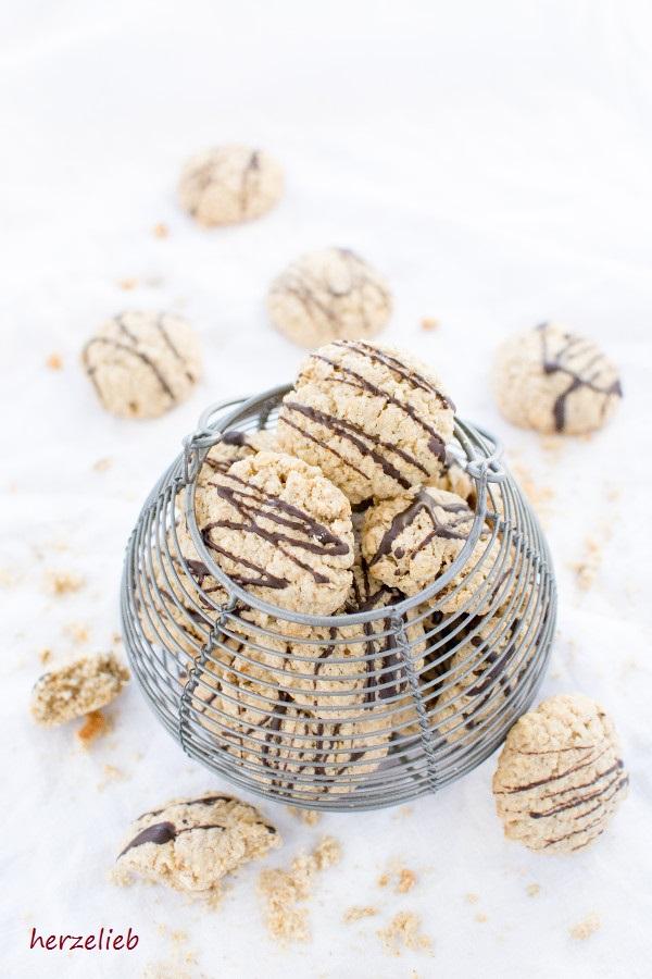 Haferkekse sind besonders toll auch zum Frühstück - Rezept von herzelieb