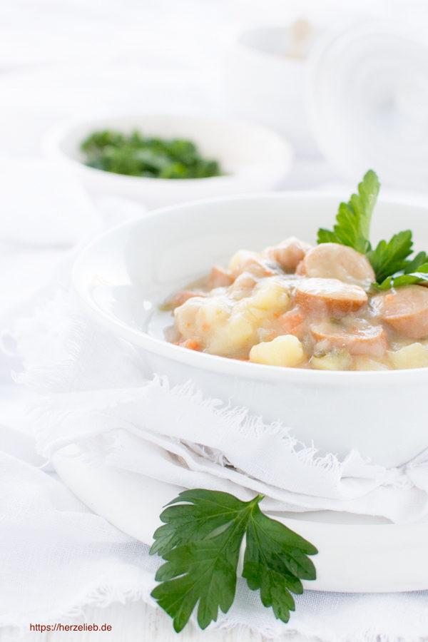 Kartoffelsuppe klassisch, Rezept von herzelieb