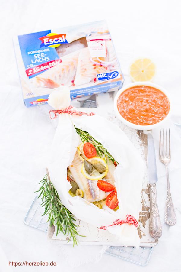 Seelachs im Fischpäckchen. Fisch lecker verpackt mit dem Rezept von herzelieb