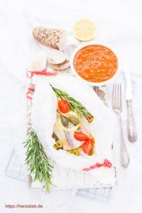 Fischpäckchen - Seelachs lecker verpackt mit dem Rezept von herzelieb