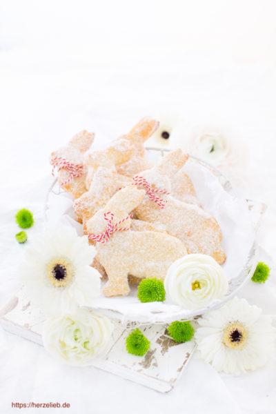 Quark-Öl-Teig Hasen mit Zucker – besonders lecker zum Oster-Frühstück
