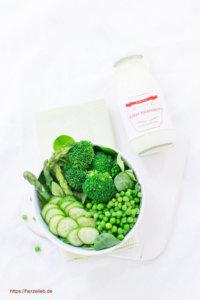 Sylter Salatsauce schmeckt zu allen Salaten, Gemüsen und sogar zu Fisch