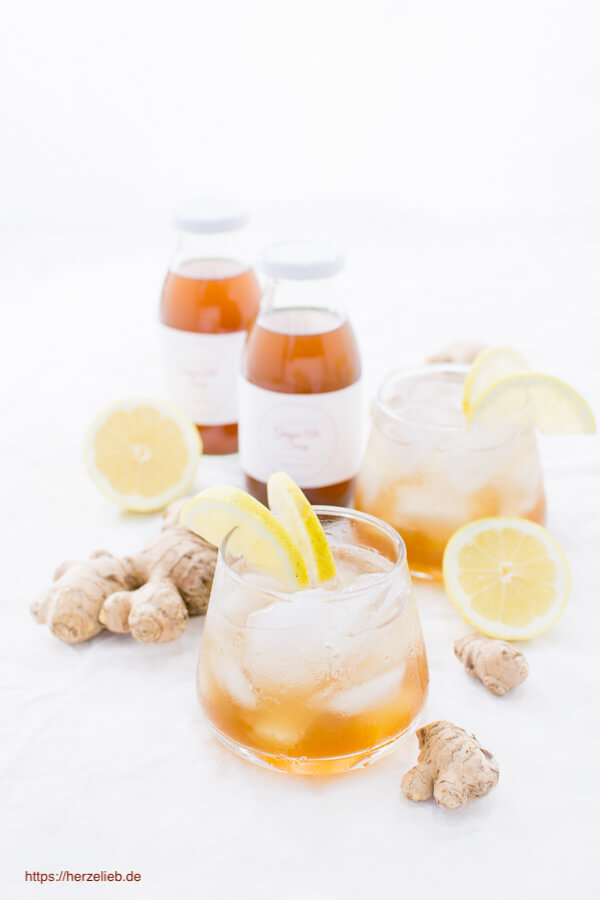 Ginger Ales Sirup selbermachen ist mit diesem Rezept von herzelieb ganz einfach!
