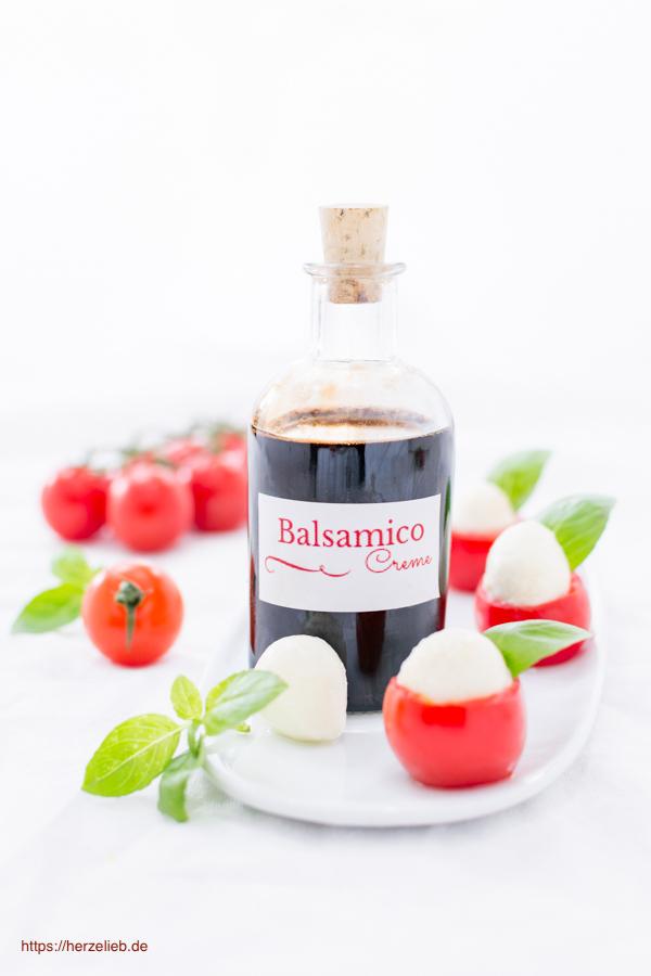 Balsamico Creme Rezept - nicht nur für Tomate Mozarella bzw. Caprese oder Salat toll!