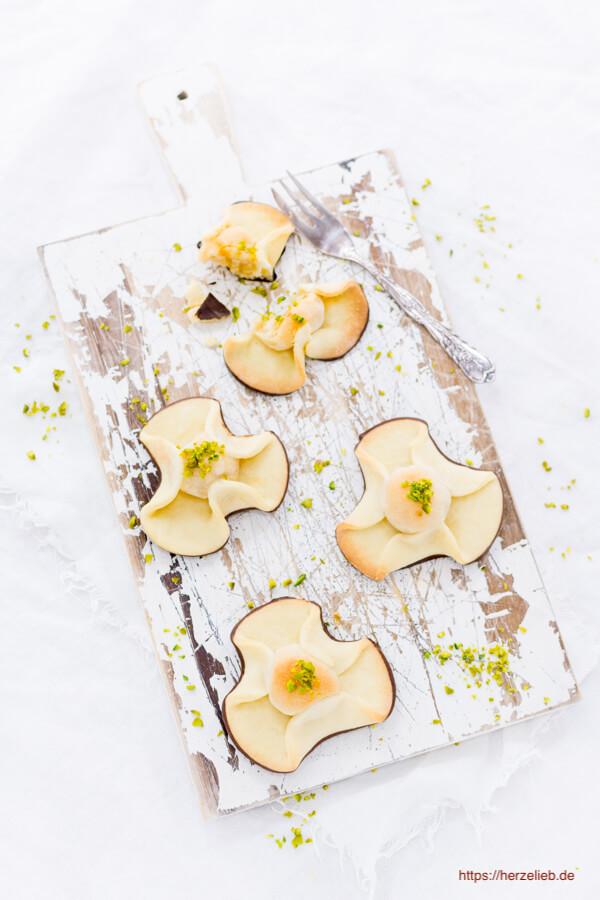 Dieses Marzipangebäck aus Dänemark ist ein toller Keks. Das Rezept für Napoleonshüte von herzelieb