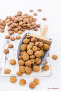 Rezept für Klütjes - Kekse aus Nordfriesland, die man auch Punker nennt