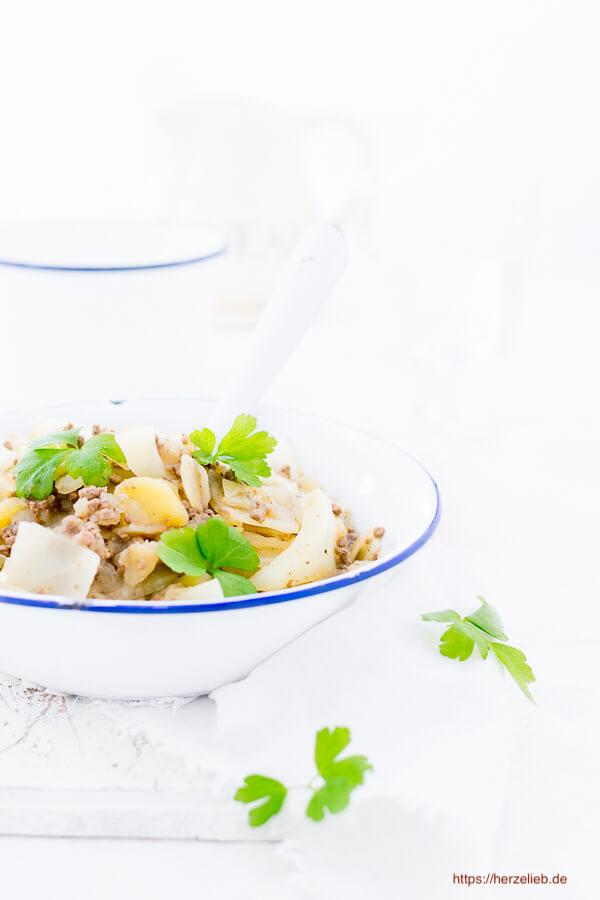 Weißkohl Eintopf - Rezept wie von Oma oder Mutti