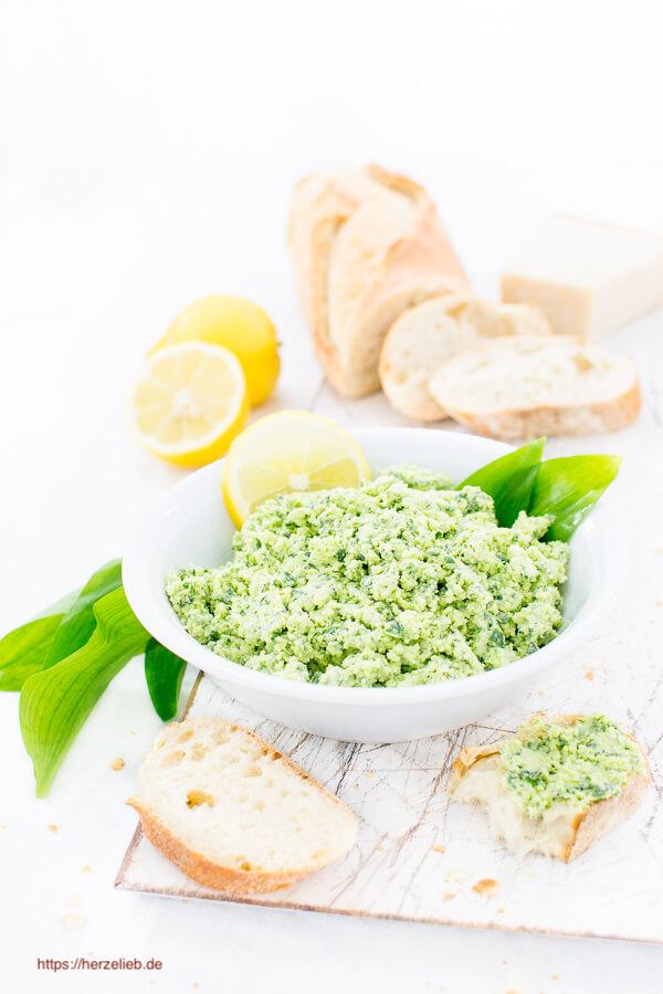 Bärlauch-Parmesan-Brotaufstrich und Dip