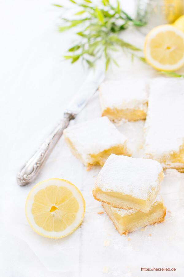 Zitronenkuchen - Quadrate mit Zitronenceme