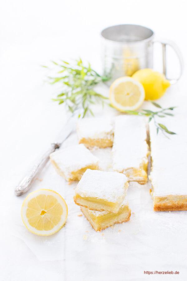 Zitronenkuchen Mürbeteig und Zitronencreme