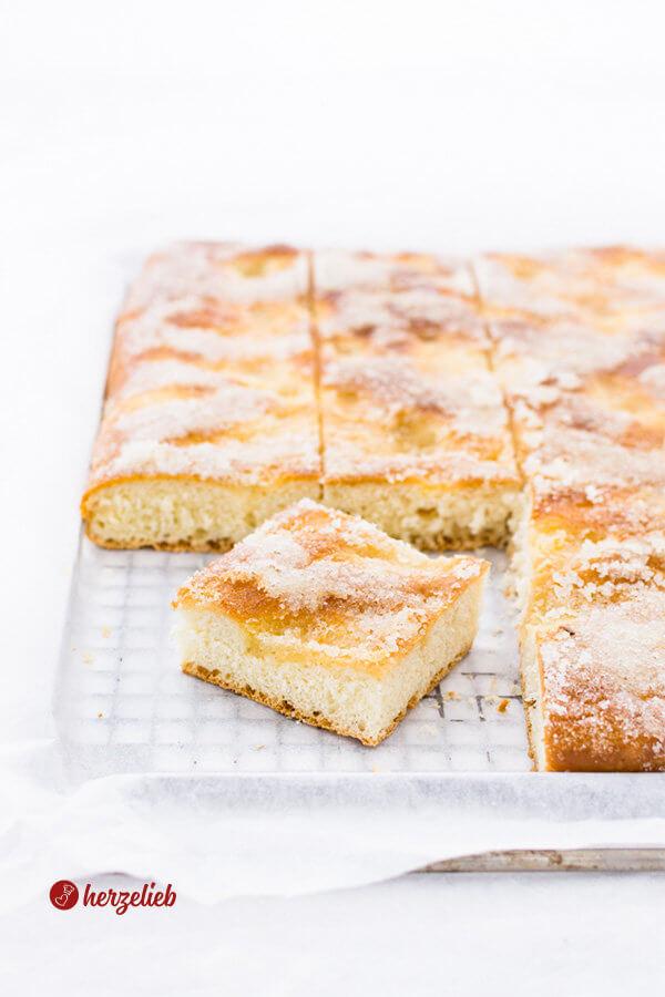 Zuckerkuchen vom Blech wie von Oma