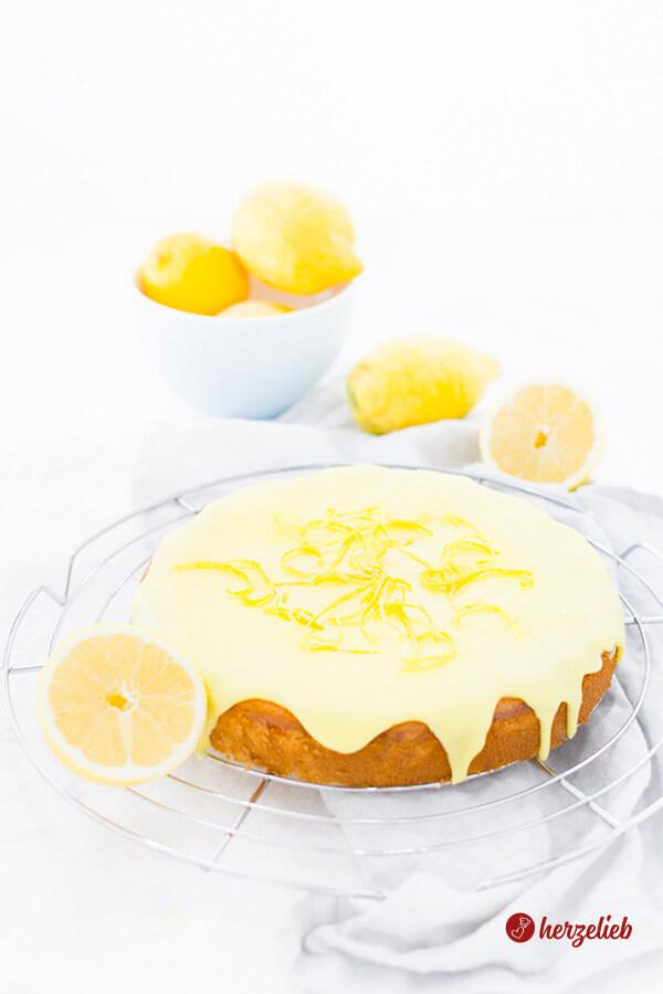 Citronmåne Rezept- dänischer Zitronen-Kuchen mit Marzipan