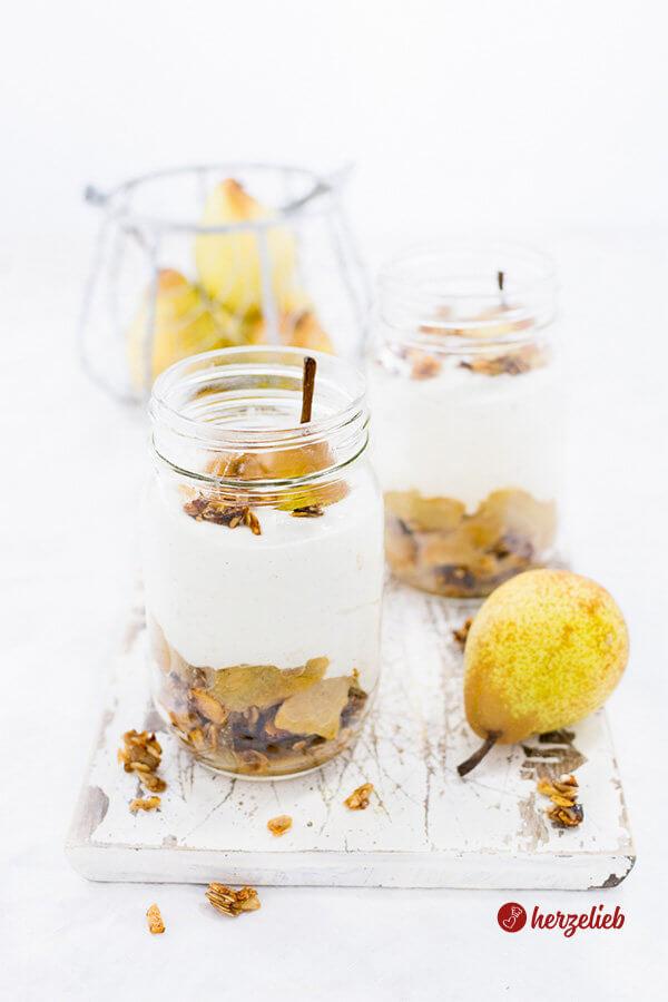 Birnen Dessert  - im Glas mit Quarkcreme und Kardamom und Zimt