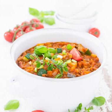 Bolognese Eintopf - mt Kräutern und Tomaten Rezept