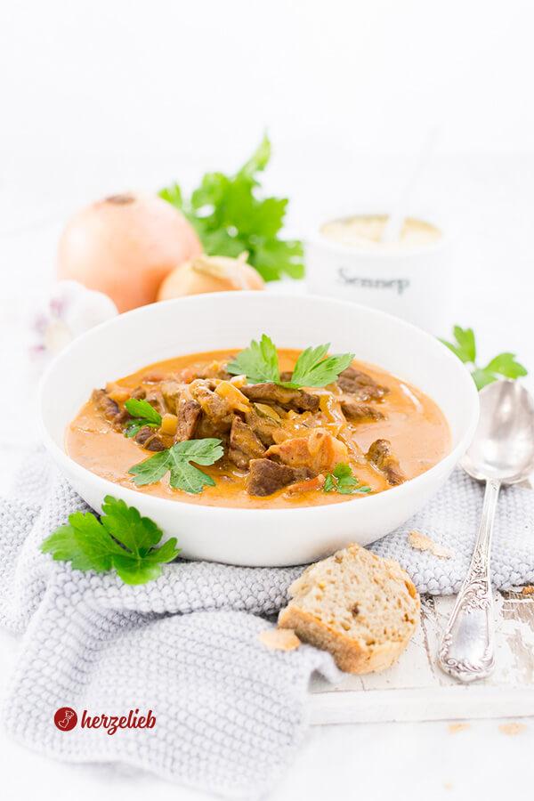 Rouladensuppe Rezept- die Suppe für Rinderrouladen Liebhaber