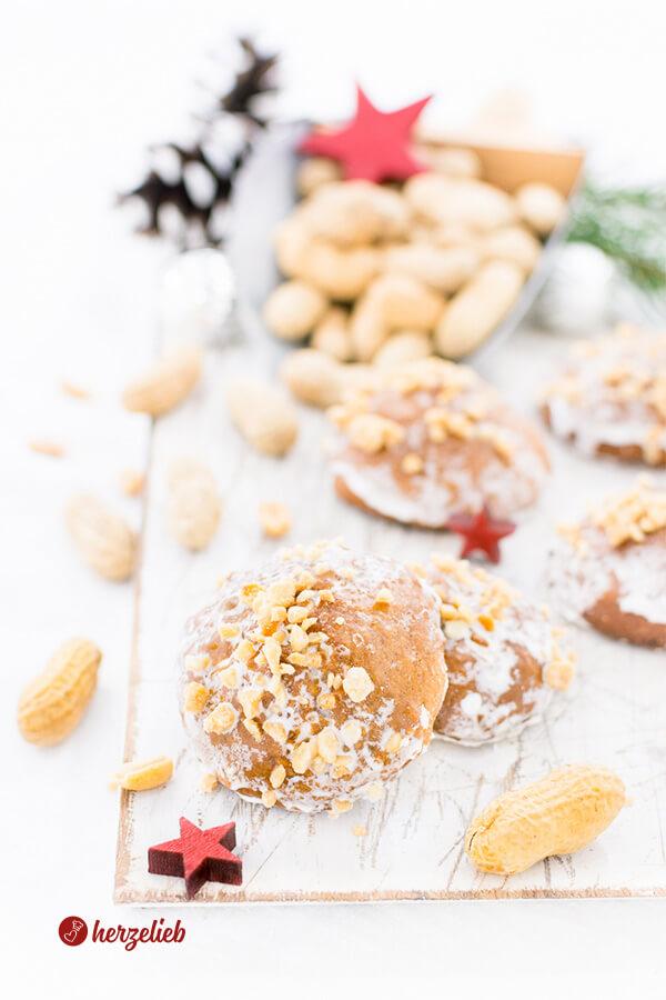 Erdnusslebkuchen selbstgebacken nach einem Rezept von herzelieb