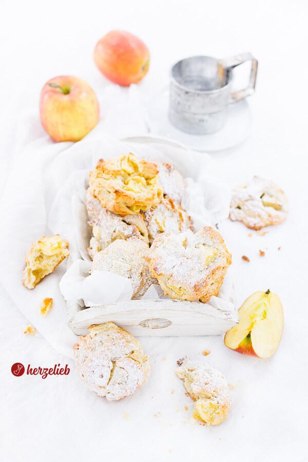 Apfelkuchen klein Fingerfood Apfelbatzen