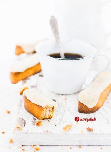 Kaffebrød - dänisches Rezept für Kuchen oder Brot zum Kaffee