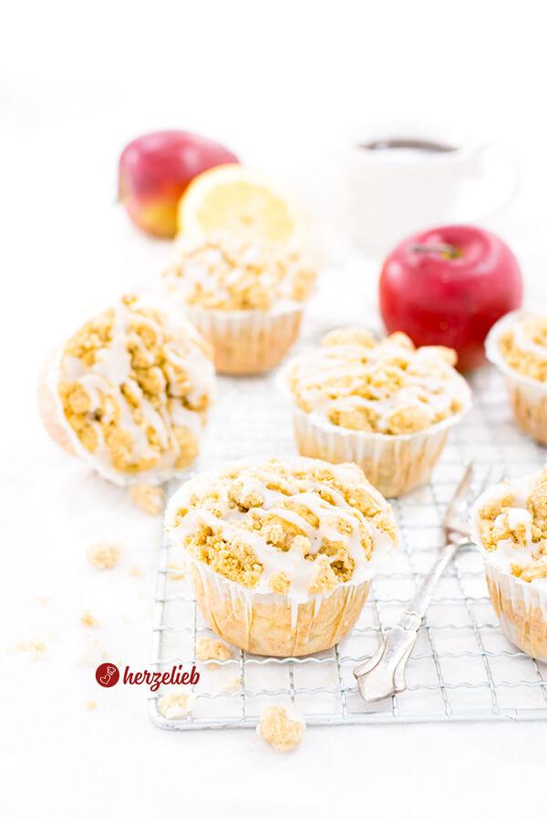Apfelmuffins mit Butterstreuseln von herzelieb