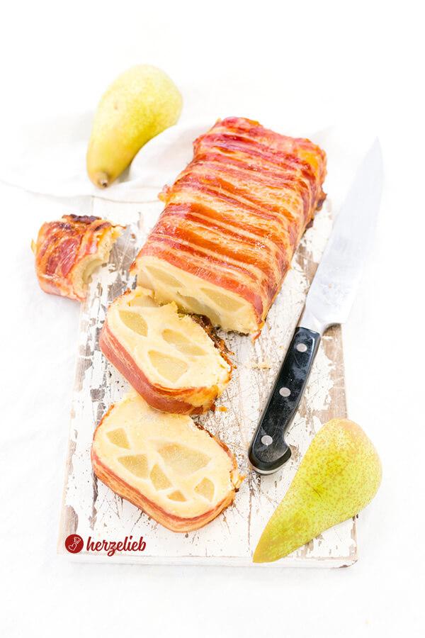 Birnen-Speck-Kuchen Rezept von herzelieb