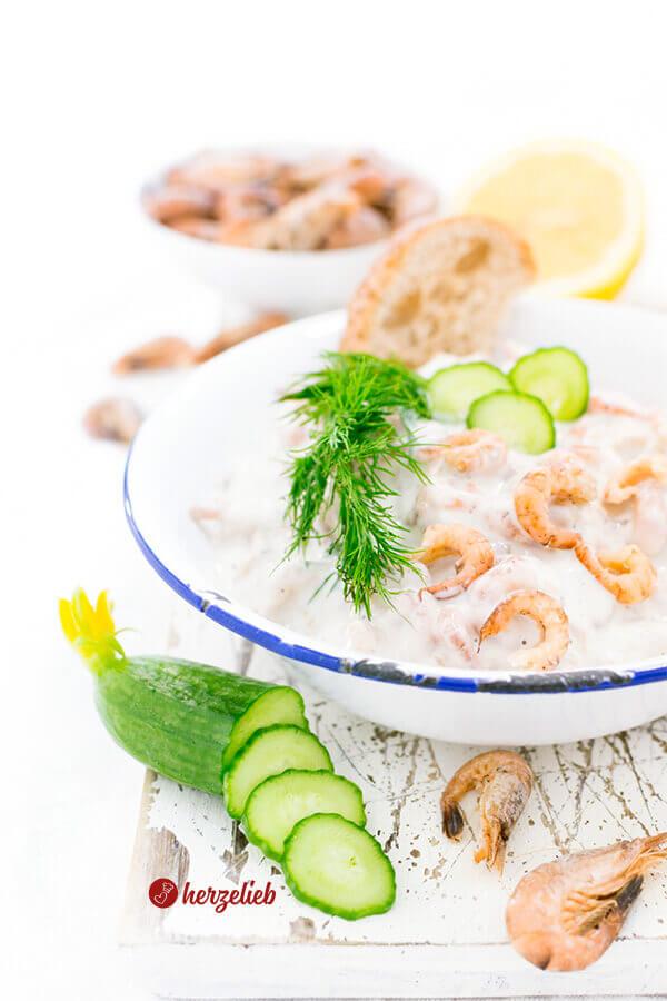 Kein Büsumer Krabbensalat - mit Mayonnaise und Dill