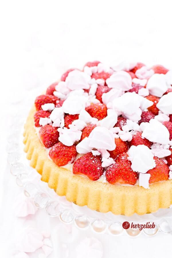 Erdbeeren, Obstboden, Vanillepudding - Erdbeerkuchen