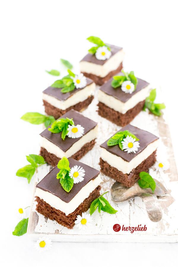 Schokoladenkuchen mit Creme