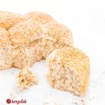 Hüttenkäse Brötchen mit Sesam Rezept aus Dänemark
