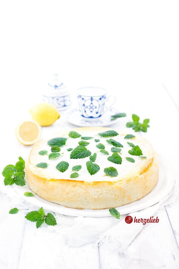 Grießbreikuchen Rezept - ohne Mehl mit Buttermilch, Joghurt und Zitrone