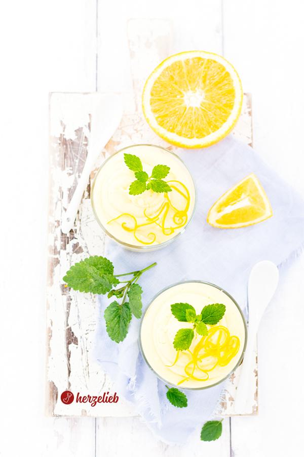 Orangencreme Dessert oder Nachtisch im Glas