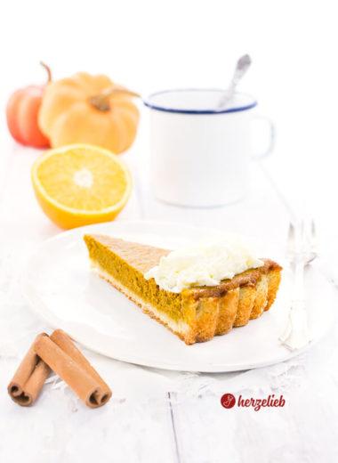 Dieses Pumpkin Pie Rezept auf schnell gemacht. Kürbiskuchen nach amerikanischer Art, einfach und eine Geschmacksexplosion auch als Nachtisch